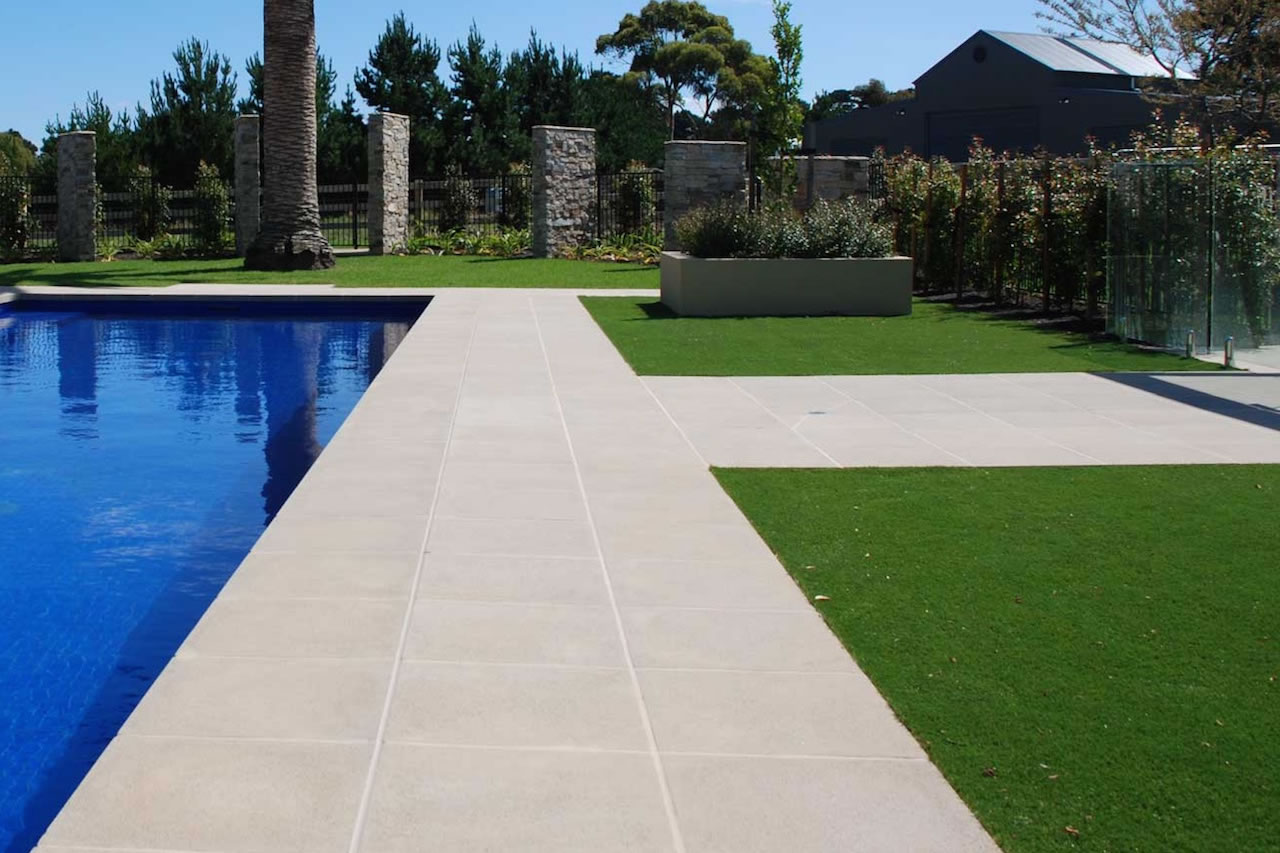 backyard landscaping transformations gold coast