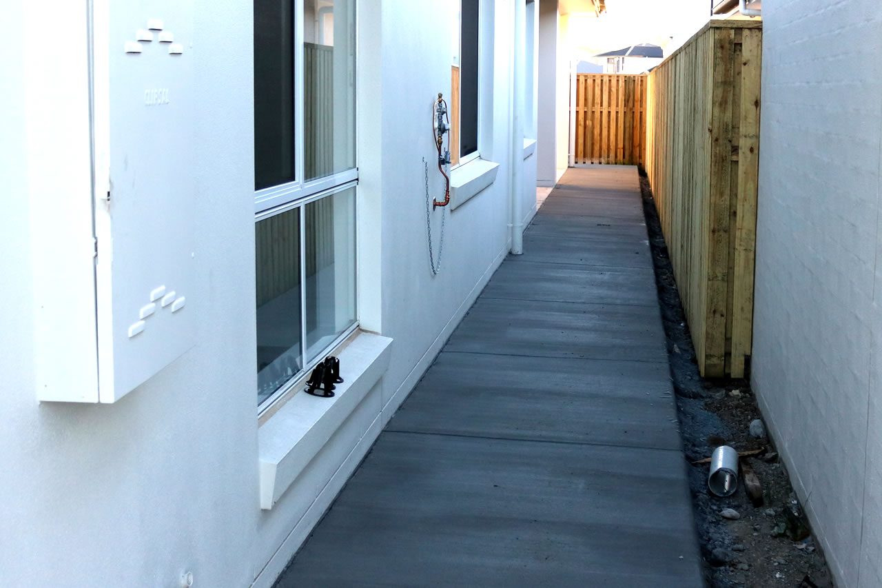 concrete pathway builder gold coast